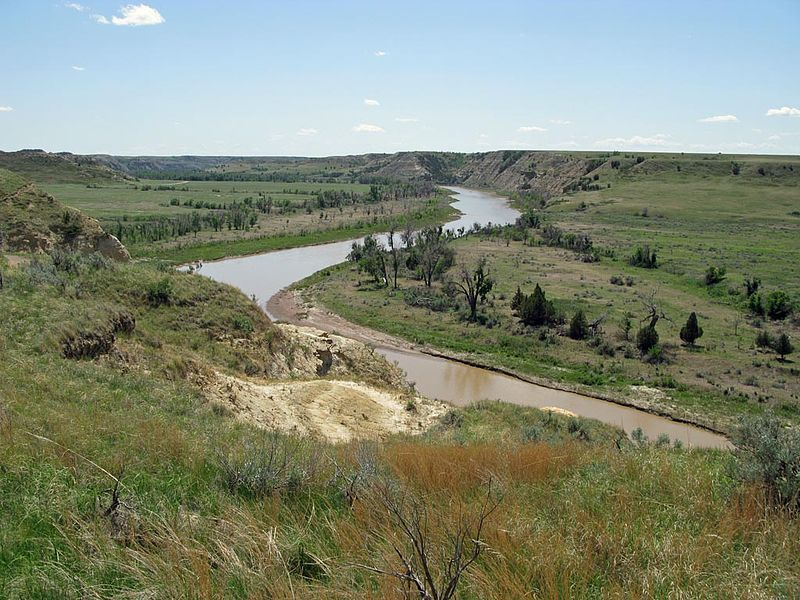 800px-Little_Missouri_River_TR_National_Park