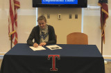 Senior Emma Wright Signs With Grand Valley